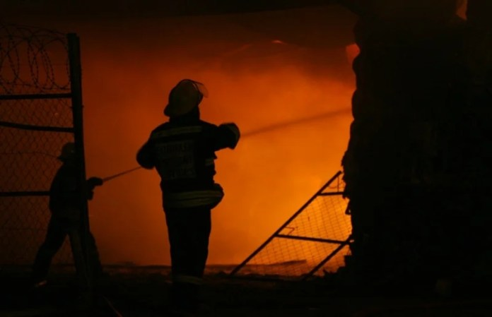 Eight people died in two separate fires in the Western Cape over Easter weekend.