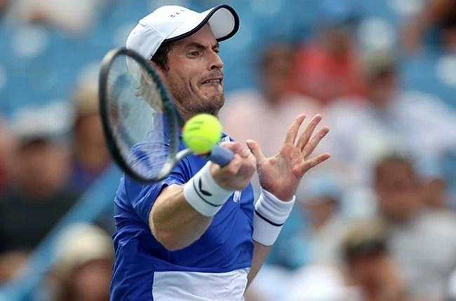 Andy Murray è di Gran Bretagna restituisce un colpo di Richard Gasquet della Francia durante il Giorno 3 di ovest e di Sud, Aperto a Lindner Family Tennis center il 12 agosto 2019 a Mason, Ohio.