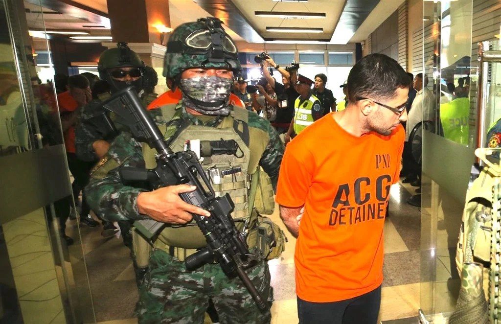 Philippine police stormed a call centre, arrested 482 people they say were running a stock market scam on South Africans