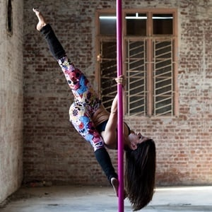 10 Things Pole Dancing Can Do For You Health24