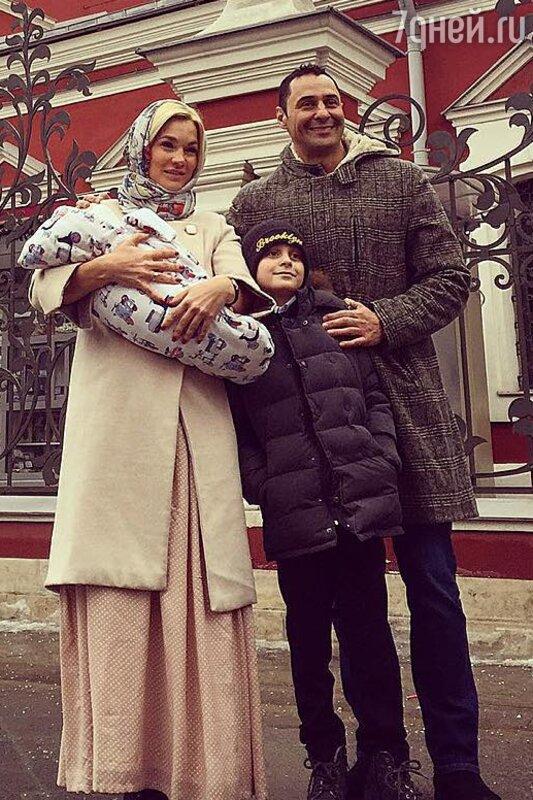Ксения Новикова рассказала о связи с семьей Стаса ...