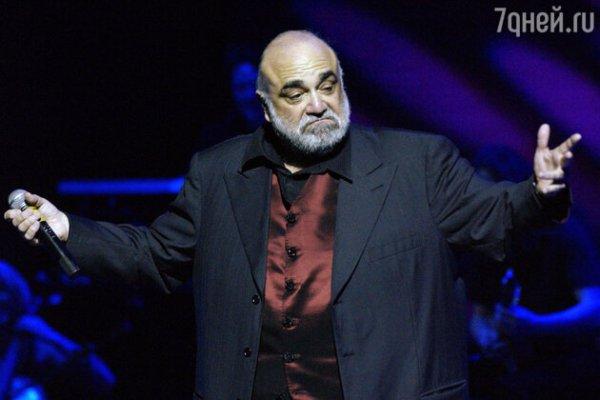 Скончался греческий певец Демис Руссос - 7Дней.ру