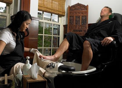 don t do it with those ugly feet men need pedicures too mensstyleandallthatjazz. Black Bedroom Furniture Sets. Home Design Ideas