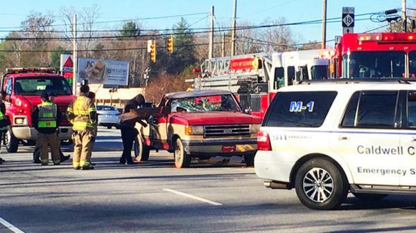 car crash | 6abc.com