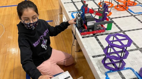 Clear Creek ISD students win awards at world, regional robotics competitions