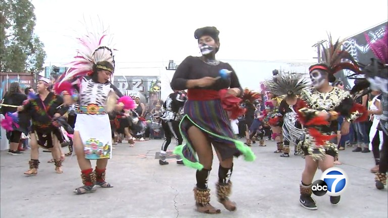 Watch Boyle Heights nonprofit celebrates forty eighth annual Día De Los Muertos occasion – ABC7 Los Angeles News