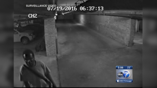 2nd Video Possibly Captures Suspected Bucktown Creeper Abc7chicago