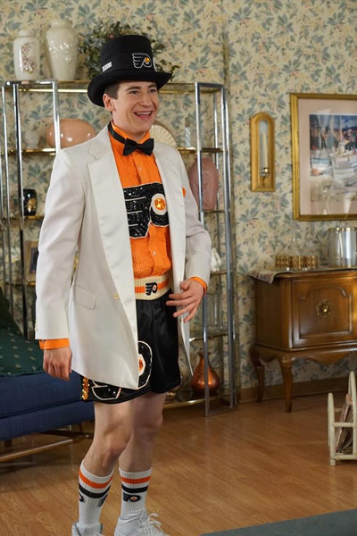 Barry Unveils His Philadelphia Flyers Fashion Line On The