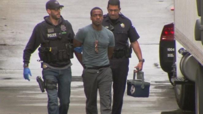 Fresno shooting suspect Kori Muhammad heard shouting 'Let black people go'  in courtroom - ABC7 San Francisco
