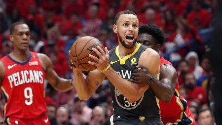 Warriors Struggle Against New Orleans Pelicans, Lose Game 3 100-119 - ABC7  San Francisco