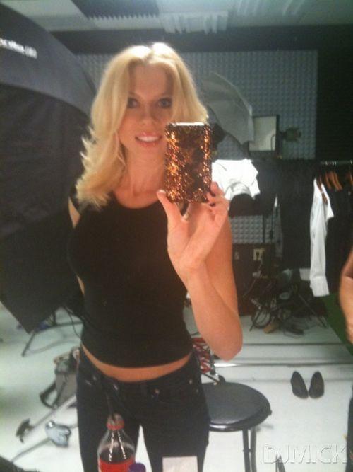 Sexy Self Shot Mirror Pics (150 pics)