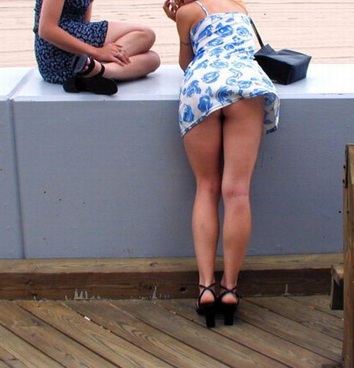 Why Girls In Skirts Hate Wind 60 Pics