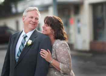 Romance After 50: Top 4 Ideas for a Perfect Anniversary Date