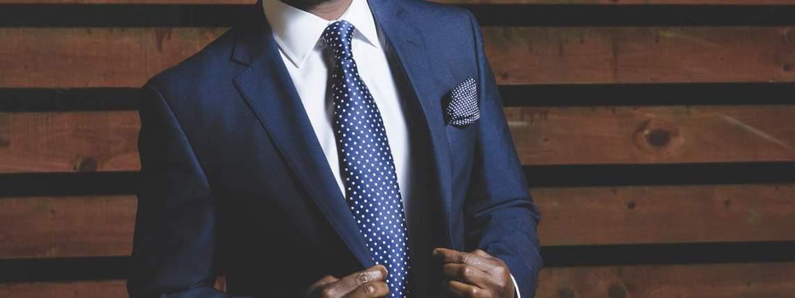 Well-dressed man (Image Credits: Free-Photos / Pixabay)