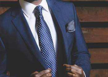 Well-dressed man (Image Credits: Free-Photos / Pixabay)
