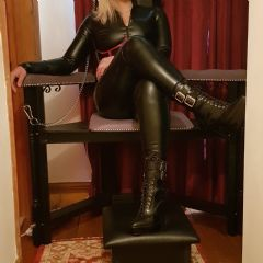 MISTRESS DOMINIQUE' Ketterring, Leicester, Cambridge, Rugby East Midlands NN16 British Escort