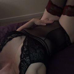 Bustylady18 Horsham And Surrounding Area  East of England (Anglia) RH20 British Escort