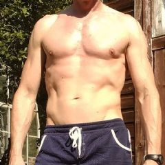 SurreyMasseur Staines-Upon-Thames South East TW18 British Escort