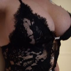 Bustyleggychloe936 Saltash South West Pl12 British Escort