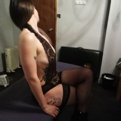 PerkyPippa Dudley West Midlands DY1 British Escort