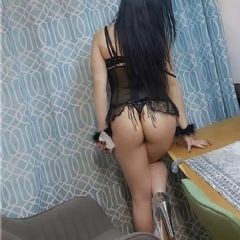 Kelly New Girl Hounslow London TW3 British Escort