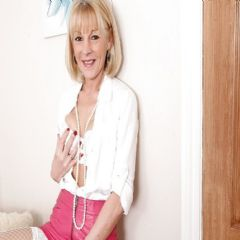 IamJULIE Coventry   British Escort