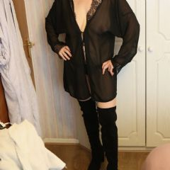 Naughtywifey77 Leicester East Midlands LE1 British Escort
