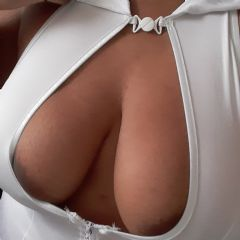 localslut4U Middlesbrough Yorkshire & the Humber TS1  British Escort