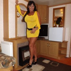 KRYSTAL STAR   Burton On  Trent Swadlincote Ashby East Midlands DE11  British Escort
