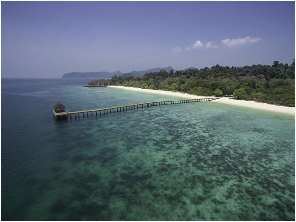 يحتوي أرخبيل مرغوي الواقع في الجزء الجنوبي من ميانمار على أكثر من 800 جزيرة، ويتضمن هذا الأرخبيل المعزول الكثير من الشواطىء ال