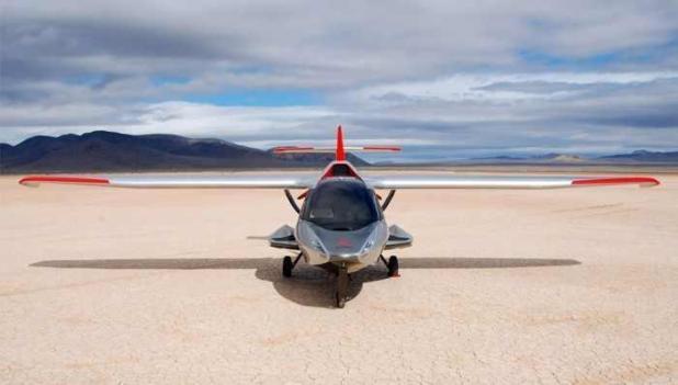 وتلقت الشركة المصنعة لهذه الطائرة أكثر من ألف طلبية، ويبدأ سعرها من 189 ألف دولار، كما يُتوقع بدء التسليم بحلول نهاية العام ال
