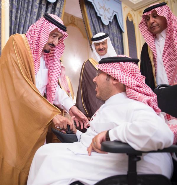 """خادم الحرمين الشريفين يرعى حفل وضع حجر الأساس لمشروع """" خير مكة """" الاستثماري الخيري"""
