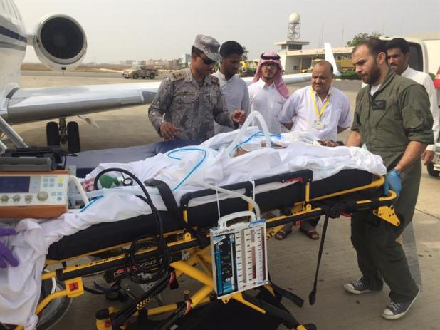 محمد بن نايف يوجّه بطائرة خاصة لنقل جندي مصاب بالحدود لعلاجه بالرياض (صور)