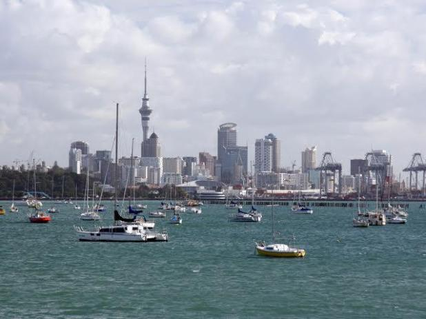 """تصدرت القائمة """"أوكلاند"""" والتي تُعرف باسم مدينة الأشرعة، وتعد المدينة النيوزلندية موطنًا لشواطىء الرمال السوداء البكر، ومناطق ا"""
