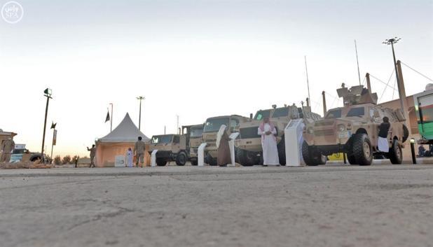 جناح القوات المسلحة يجتذب زوار الجنادرية