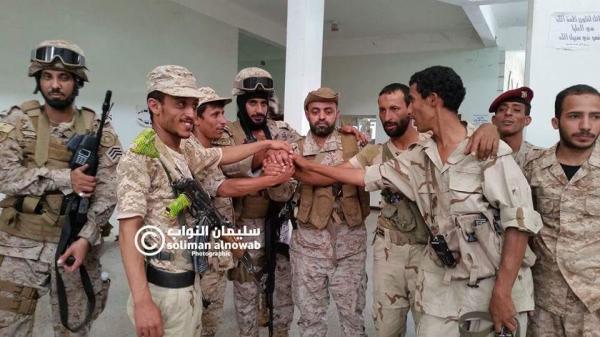 جنود يمنيون وسعوديون يتعاهدون على الشهادة أو النصر وتحرير اليمن