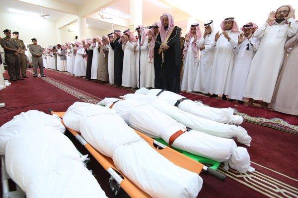 """بالصور.. تشييع جثامين ضحايا حادث """"تعليم الداير"""""""