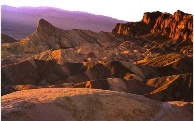 حصلت صحراء وادي الموت في الولايات المتحدة الأمريكية على اسمها خلال فترة حمى الذهب، عندما مات 13 شخص من المنقبين مرة واحدة، وتع