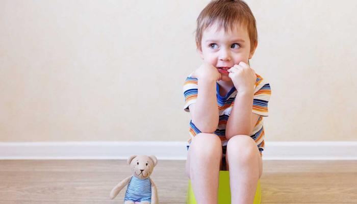 التبول اللاإرادي عند الأطفال الأسباب والعلاج بالأعشاب