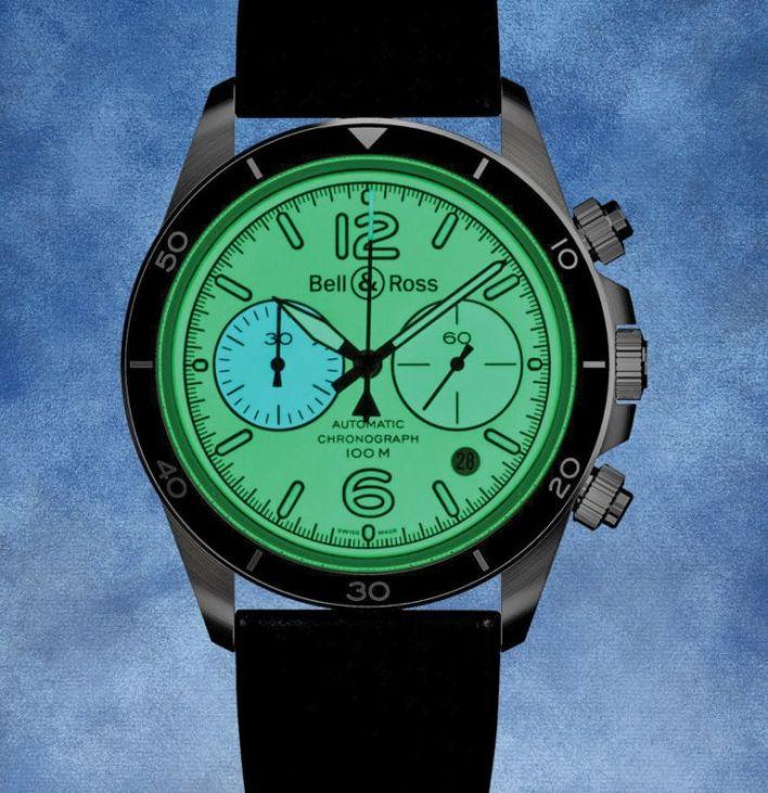 """الساعة """"بيل آند روز بي آر - V2-94 فول لام"""
