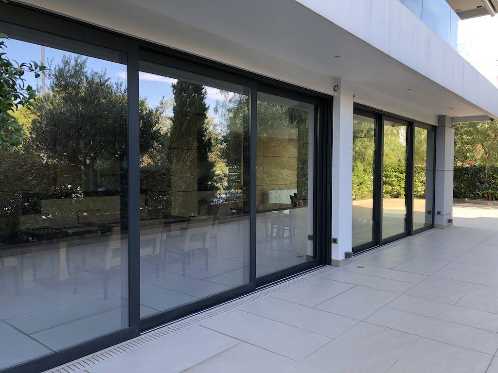 different types of sliding doors