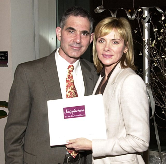 Mark Levinson and Kim Cattrall at New York City Book Signing in 2002 |  Source: Getty Images