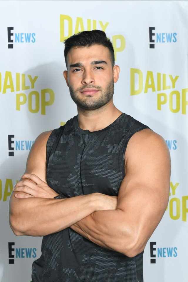 Celebrity Trainer Sam Asghari Stops To Train Daily Pop    Photo: Getty Images