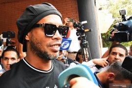 Ronaldinho kian gemar berpesta dan mabuk setelah ibunya meninggal