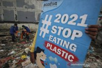 Sampah plastik dari belanja online juga perlu dikurangi