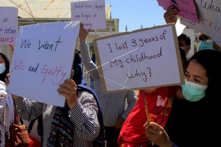 Unjuk rasa imigran Afghanistan – ANTARA News Bali