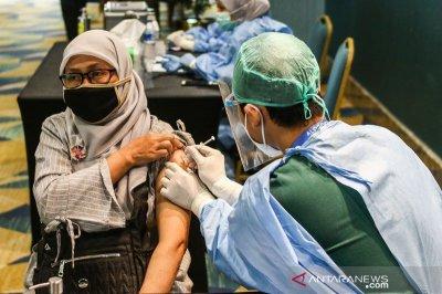 Para ahli menjamin keamanan vaksinasi COVID-19 selama puasa