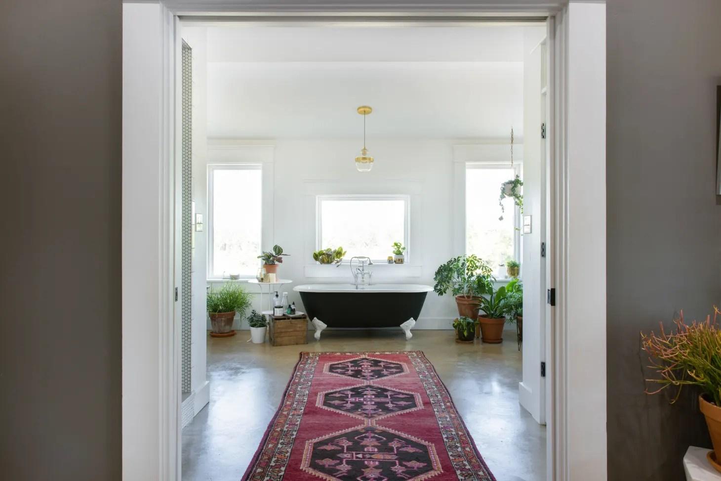 50 Best Bathroom Design Ideas | Apartment Therapy on Apartment Bathroom Ideas  id=64961