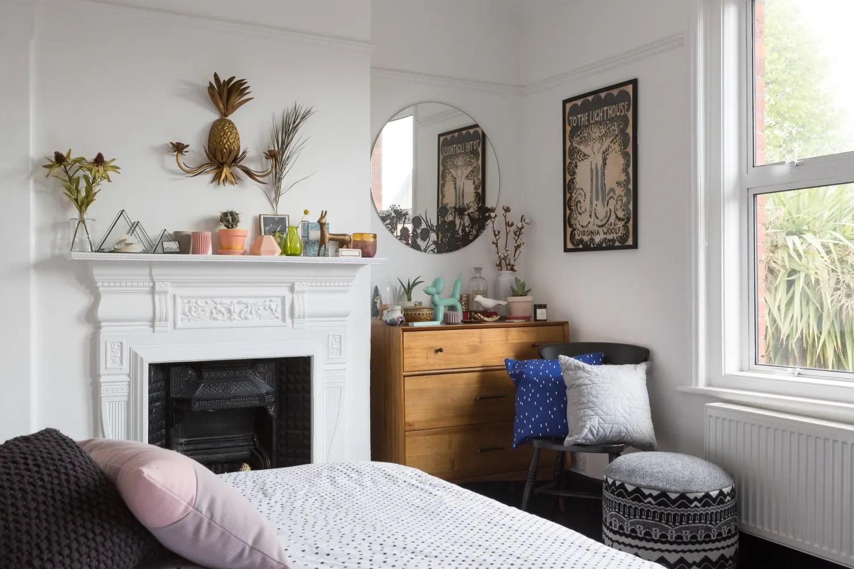 Bedroom Storage Ideas - Small Bedroom Organization ... on Small Apartment Organization  id=51612