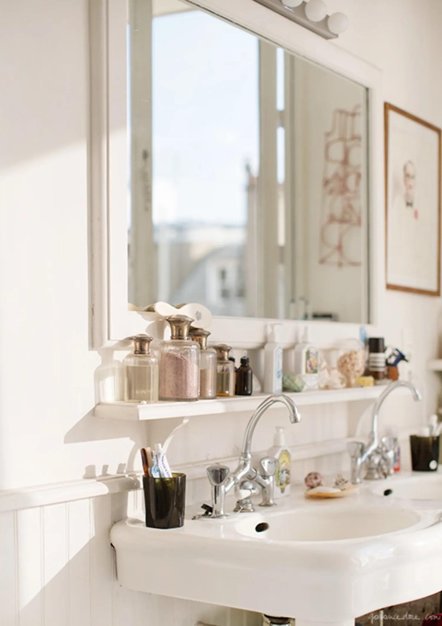 Small Bathroom Best Wall Shelves Storage Ideas | Apartment ... on Small Apartment Bathroom Storage Ideas  id=72392